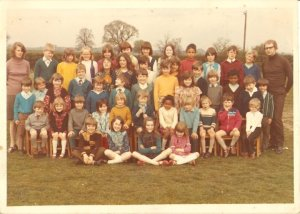 Wayne in the blue in front of Mrs Rothwell, me in the smock, seated fourth from the left.